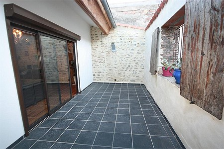2 bedroom house for sale, Ille Sur Tet, Pyrenees-Orientales, Languedoc-Roussillon