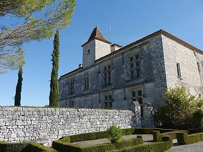 4 bedroom French chateau for sale, Cahors, Lot, Midi-Pyrenees