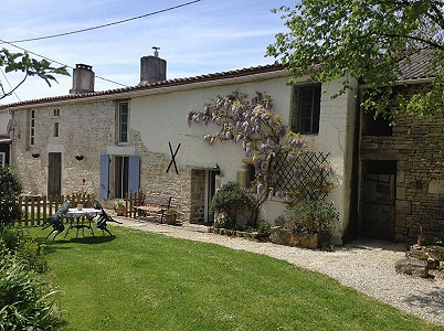 7 bedroom farmhouse for sale, Ruffec, Charente, Poitou-Charentes