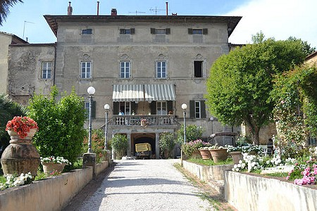10 bedroom villa for sale, Montescudaio, Pisa, Tuscany