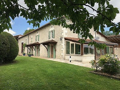 5 bedroom house for sale, Verteillac, Dordogne, Aquitaine