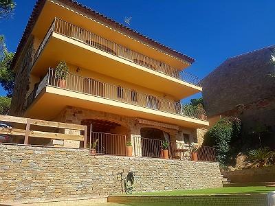 6 bedroom villa for sale, St Feliu De Guixols, Girona Costa Brava, Catalonia