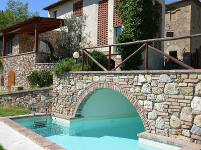 3 bedroom farmhouse for sale, San Gimignano, Siena, Tuscany