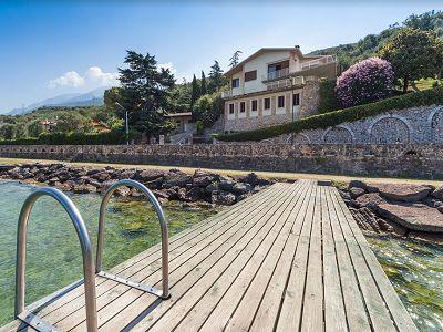 7 bedroom villa for sale, Lake Garda, Verona, Veneto