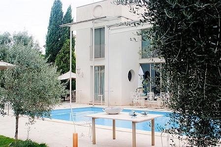 17 bedroom hotel for sale, Pisa, Tuscany