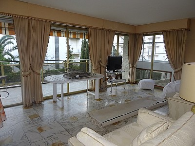 2 bedroom apartment for sale, Cannes, Provence French Riviera