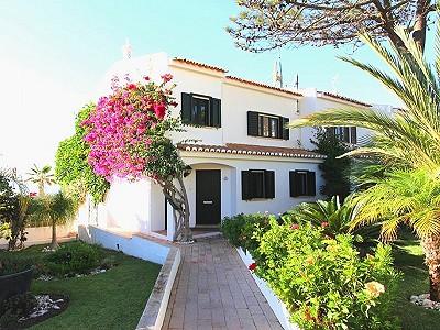 2 bedroom villa for sale, Vale do Lobo, Algarve