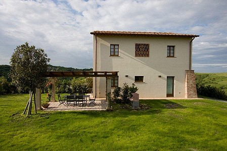 2 bedroom farmhouse for sale, Peccioli, Pisa, Tuscany