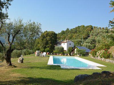 Beautiful country house near Lake Garda for sale