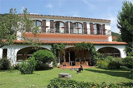 6 bedroom house for sale, Arles Sur Tech, Pyrenees-Orientales, Languedoc-Roussillon