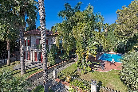 6 bedroom villa for sale, Roquebrune Cap Martin, Provence French Riviera