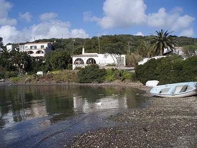 2 bedroom villa for sale, San Antonio, Mahon, Menorca