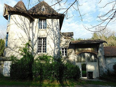 8 bedroom French chateau for sale, Piegut Pluviers, Dordogne, Aquitaine
