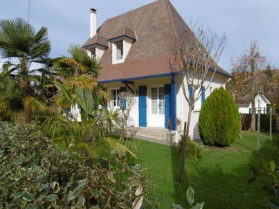 5 bedroom townhouse for sale, Salies De Bearn, Pyrenees-Atlantique, Aquitaine