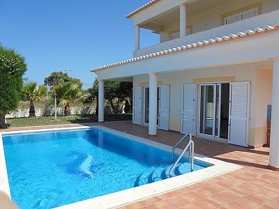 4 bedroom villa for sale, Porto De Mos, Faro, Algarve