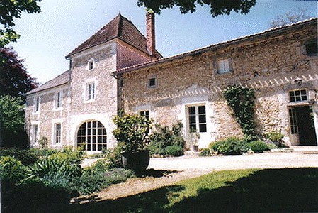 5 bedroom farmhouse for sale, Angouleme, Charente, Poitou-Charentes