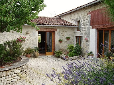5 bedroom farmhouse for sale, Aigre, Charente, Poitou-Charentes
