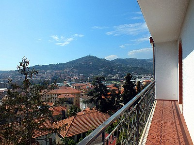 4 bedroom apartment for sale, Imperia, Liguria