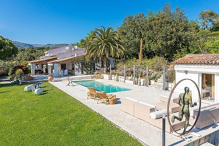 5 bedroom villa for sale, La Colle Sur Loup, Grasse, Cote d'Azur French Riviera