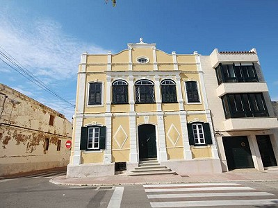 9 bedroom townhouse for sale, Mahon Centro, Mahon, Menorca