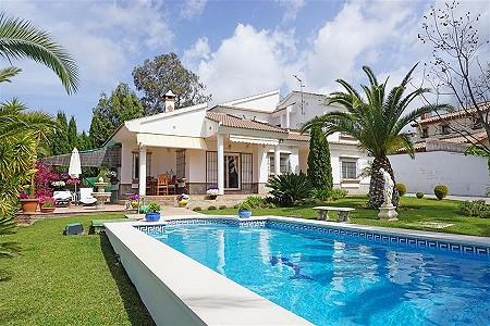 3 bedroom villa for sale, Alhaurin El Grande, Malaga Costa del Sol, Andalucia