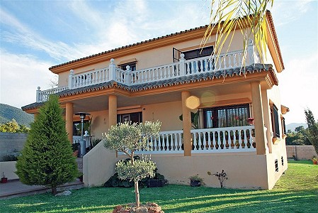 6 bedroom villa for sale, Alhaurin El Grande, Malaga Costa del Sol, Andalucia