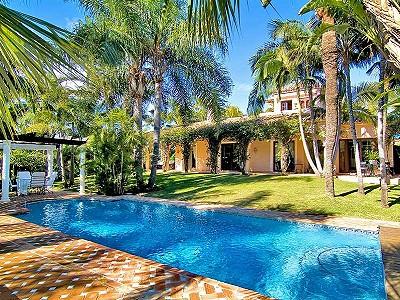 6 bedroom villa for sale, Nueva Andalucia, Malaga Costa del Sol, Andalucia