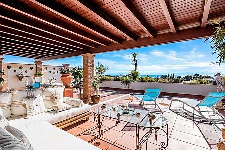 2 bedroom apartment for sale, Milla de Oro, Marbella, Malaga Costa del Sol, Andalucia
