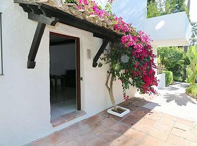 1 bedroom apartment for sale, Milla De Oro, Marbella, Malaga Costa del Sol, Andalucia