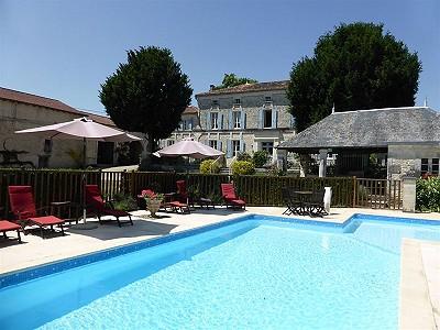 10 bedroom manor house for sale, Gourvillette, Charente-Maritime, Poitou-Charentes