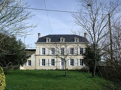 9 bedroom manor house for sale, Pons, Charente-Maritime, Poitou-Charentes