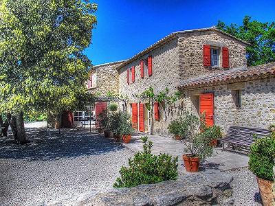 5 bedroom farmhouse for sale, Lourmarin, Vaucluse, Provence