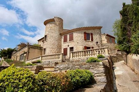 8 bedroom French chateau for sale, Minervois Corbieres, Aude, Languedoc-Roussillon