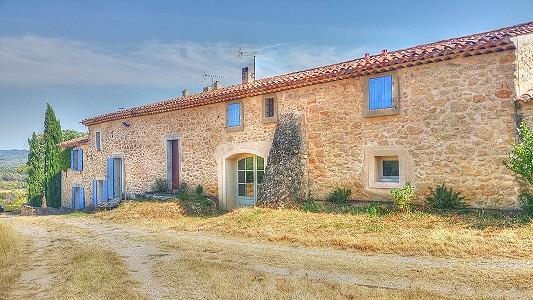 4 bedroom farmhouse for sale, Grambois, Vaucluse, Provence
