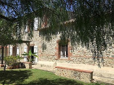 3 bedroom farmhouse for sale, Montescot, Pyrenees-Orientales, Languedoc-Roussillon