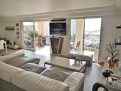 3 bedroom apartment for sale, Sainte Maxime, Cote d'Azur French Riviera