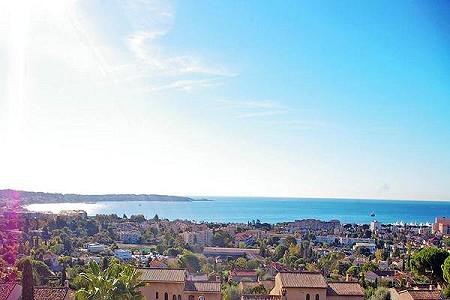 3 bedroom villa for sale, Golfe Juan, Antibes Juan les Pins, Cote d'Azur French Riviera