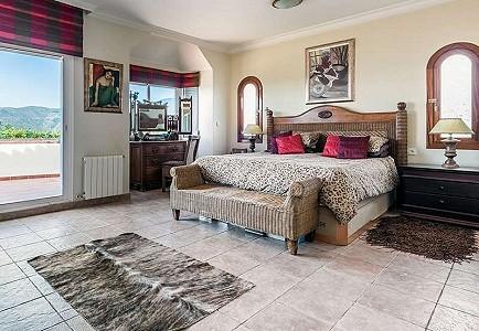 Villa Cerros Del Lago Spain Prestige Property Group - Lago bed