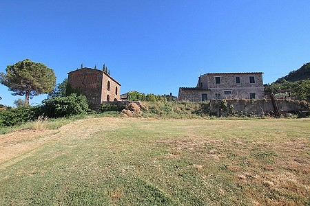 3 bedroom farmhouse for sale, Montecatini Val Di Cecina, Pisa, Tuscany