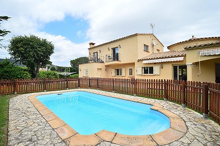 6 bedroom villa for sale, Cabanyes, Calonge, Girona Costa Brava, Catalonia