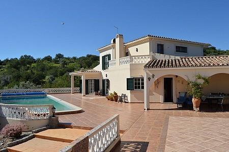 4 bedroom villa for sale, Boliqueime, Loule, Algarve