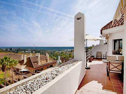 3 bedroom apartment for sale, Milla De Oro, Marbella, Malaga Costa del Sol, Andalucia