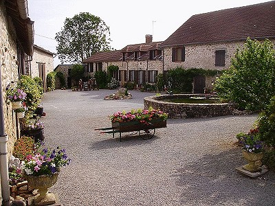 4 bedroom farmhouse for sale, Bellac, Haute-Vienne, Limousin