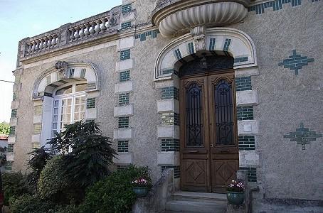 7 bedroom manor house for sale, La Rochefoucauld, Charente, Poitou-Charentes