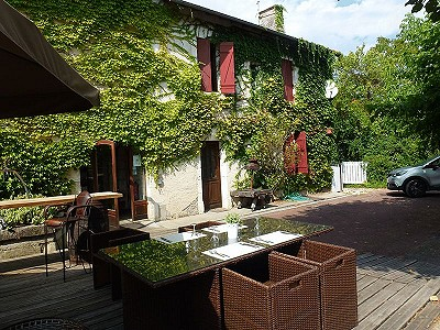 6 bedroom restaurant bar for sale, Aubeterre Sur Dronne, Charente, Poitou-Charentes