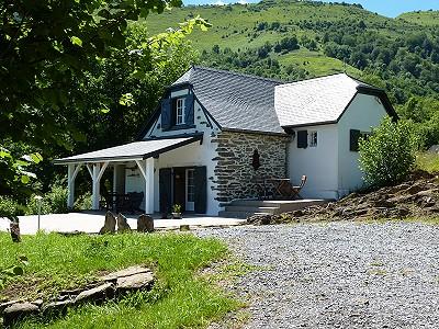 2 bedroom house for sale, Tardets Sorholus, Pyrenees-Atlantique, Aquitaine