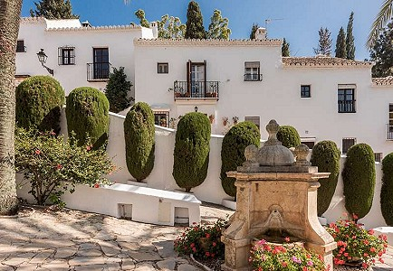 3 bedroom townhouse for sale, Lomas Pueblo, Marbella Milla De Oro, Malaga Costa del Sol, Andalucia