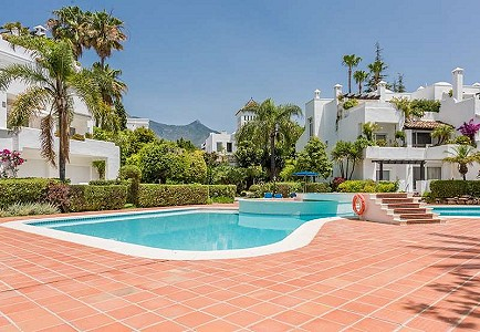 2 bedroom apartment for sale, Marbella Milla De Oro, Malaga Costa del Sol, Andalucia