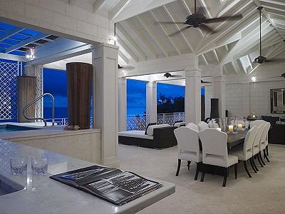 4 bedroom apartment for sale, Paynes Bay, Saint James