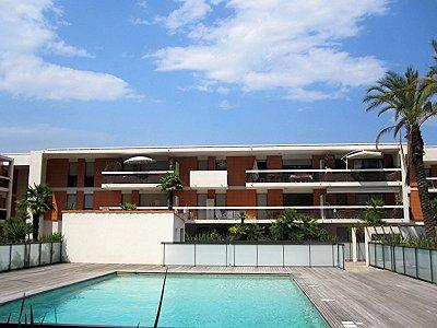2 bedroom apartment for sale, Villeneuve Loubet, Alpes-Maritimes, Cote d'Azur French Riviera